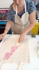 Do it yourself Fabrication d'un tampon et impression textile Avec Florence Vernay, La poule d'O fait son show